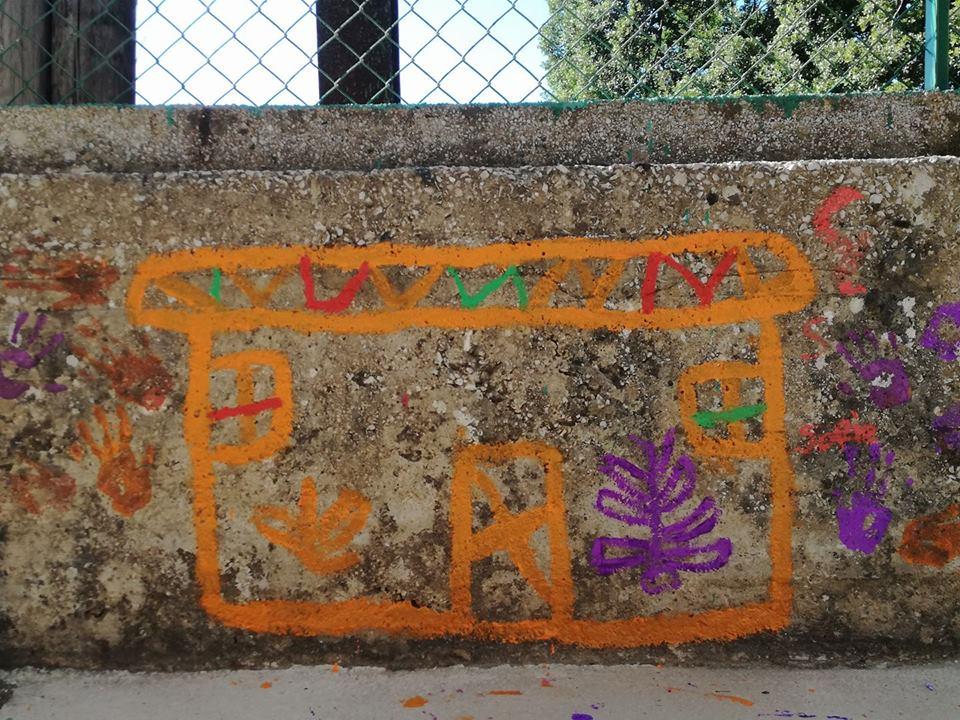 Beirut, agosto 2016. Il disegno sul muro fatto da un bambino siriano al quale era stato chiesto quale fosse il suo desiderio più grande.
